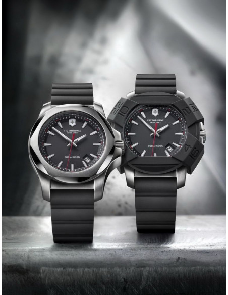 Victorinox Swiss Army 241682 I.N.O.X. Watch
