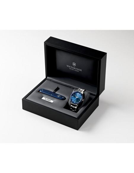 VICTORINOX Swiss Army 241711.1 Alliance Quartz watch