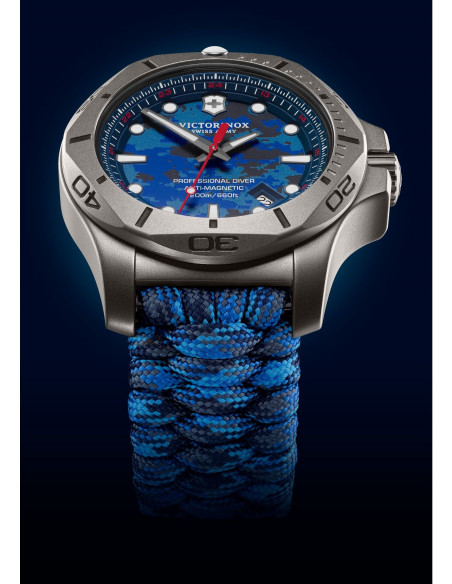 Victorinox Swiss Army 241813 I.N.O.X. Professional Diver Titanium Watch Victorinox Swiss Army - 2