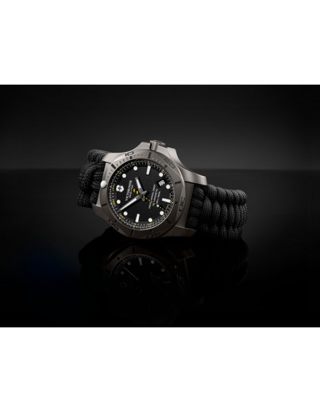 Victorinox Swiss Army 241812 I.N.O.X. Professional Diver Titanium Watch Victorinox Swiss Army - 2