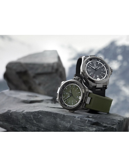 VICTORINOX Swiss Army Night Vision 241595 watch